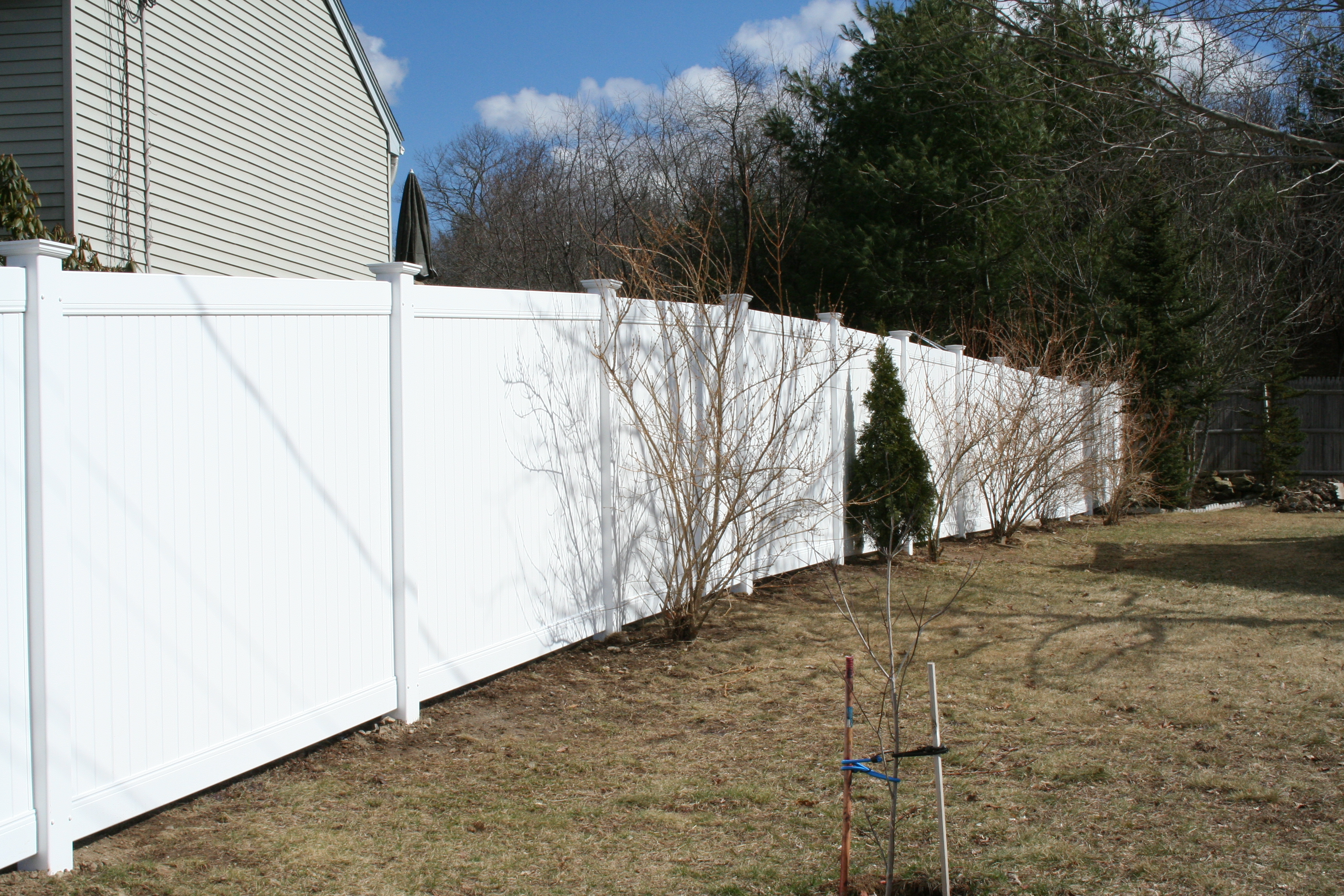 NH Vinyl Fence Photos | Penney Fence | Londonderry NH Fence Company